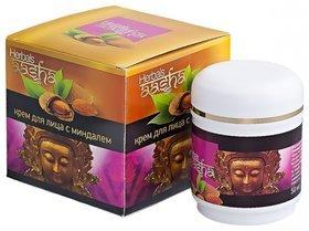 Крем для лица с миндалем  Aasha Herbals